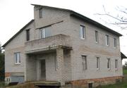 Дом в Холме из белого кирпича,  3 уровня,  240 м кв.,  90 % готовности,